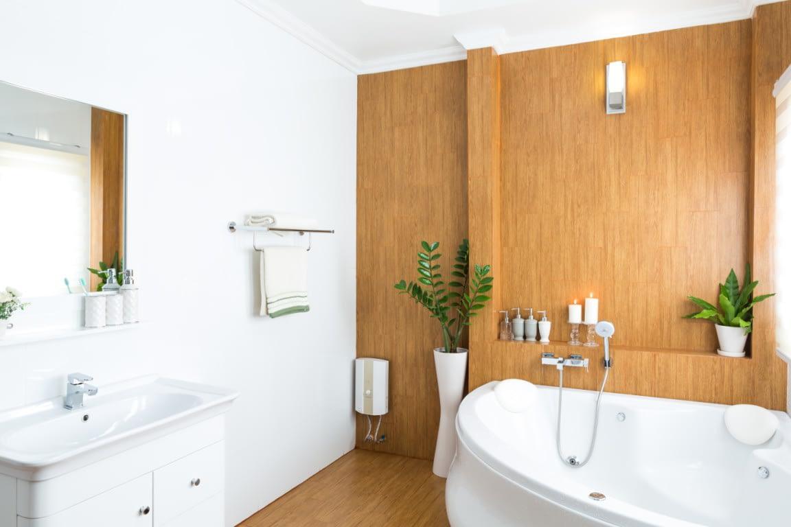 пластикові панелі для стін у ванну